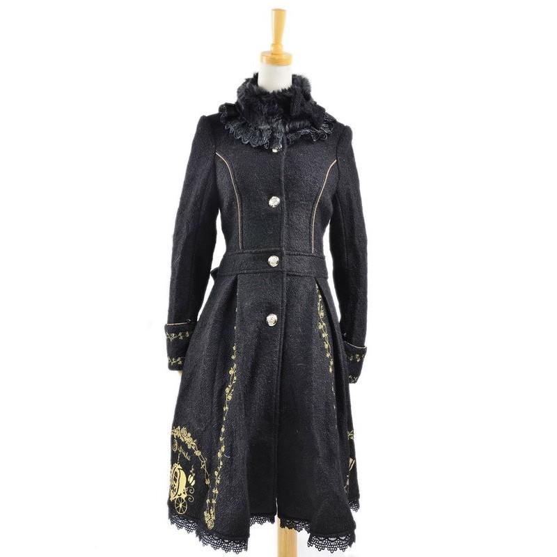 Charming Black Wool ...